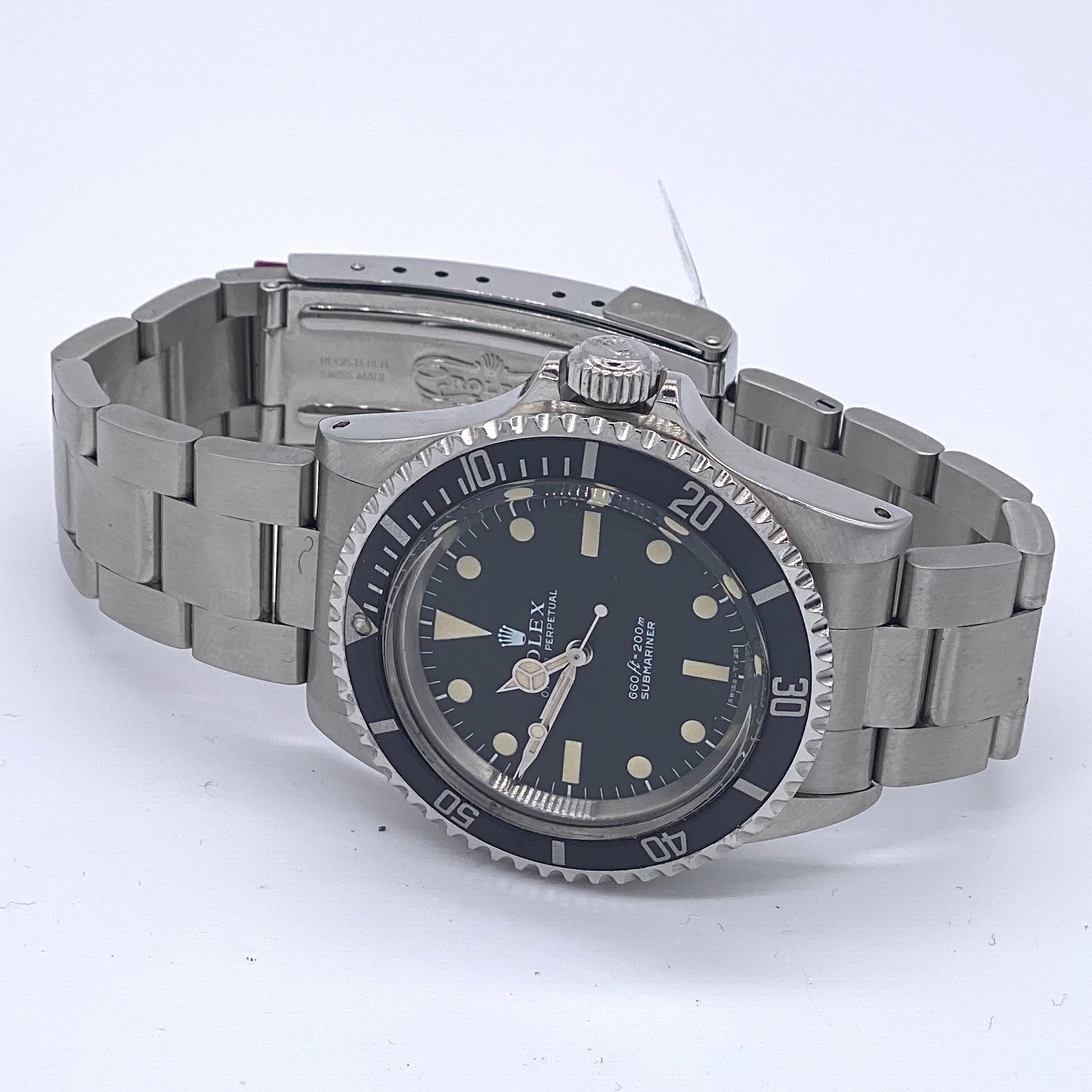 Lot 10 - Rolex Submariner 5513