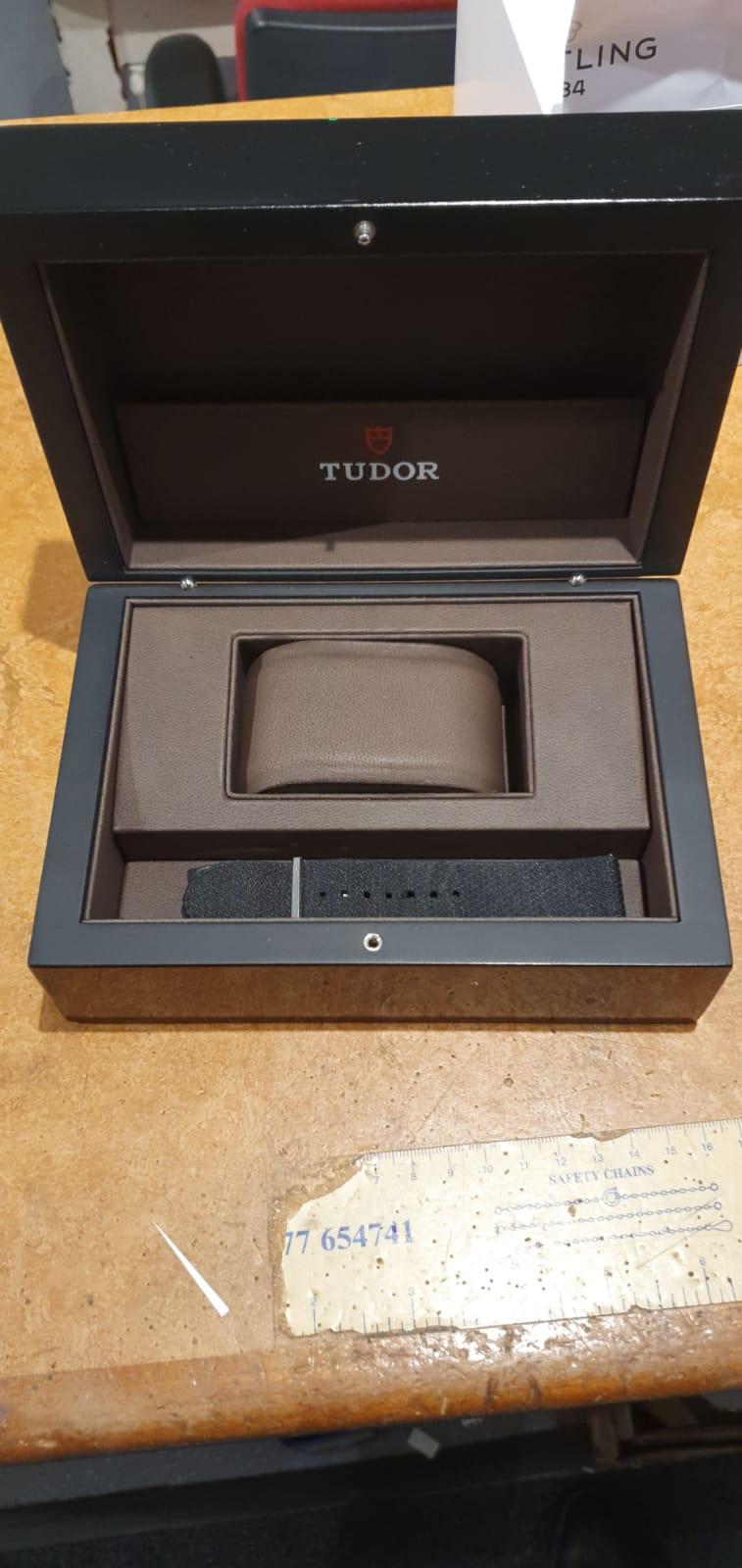 Tudor Black Bay Harrods Edition ref 79230G - Image 4 of 5
