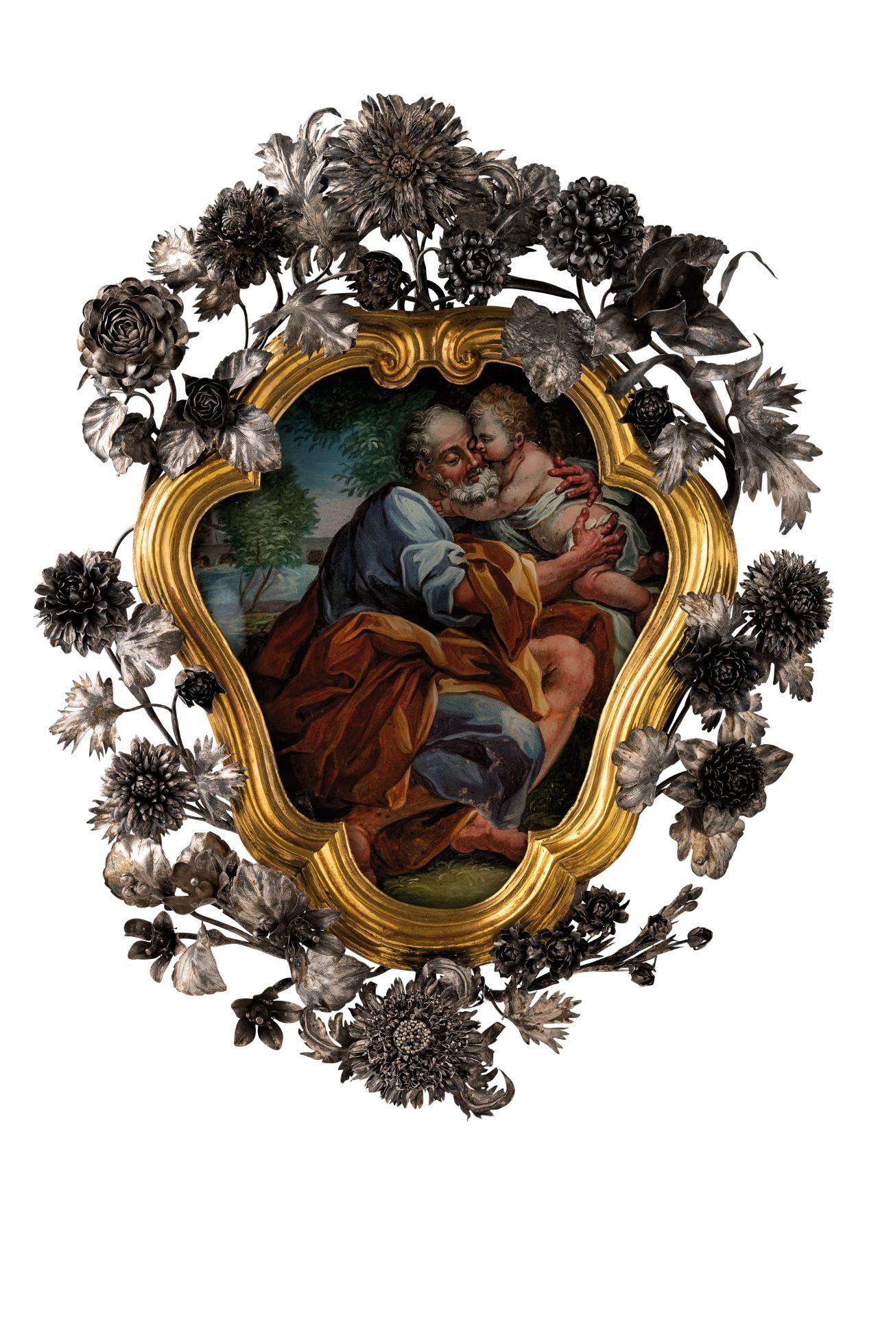 Los 113 - raffigurante San Giuseppe col Bambino; difettiAlt. cm 45, larg. cm 36A PAINTED GLASS PORTRAYING...