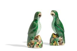 A PAIR OF FAMILLE VERTE BISCUIT PARROTS, CHINA, QING DYNASTY, KANGXI PERIOD (1662-1722) (2)