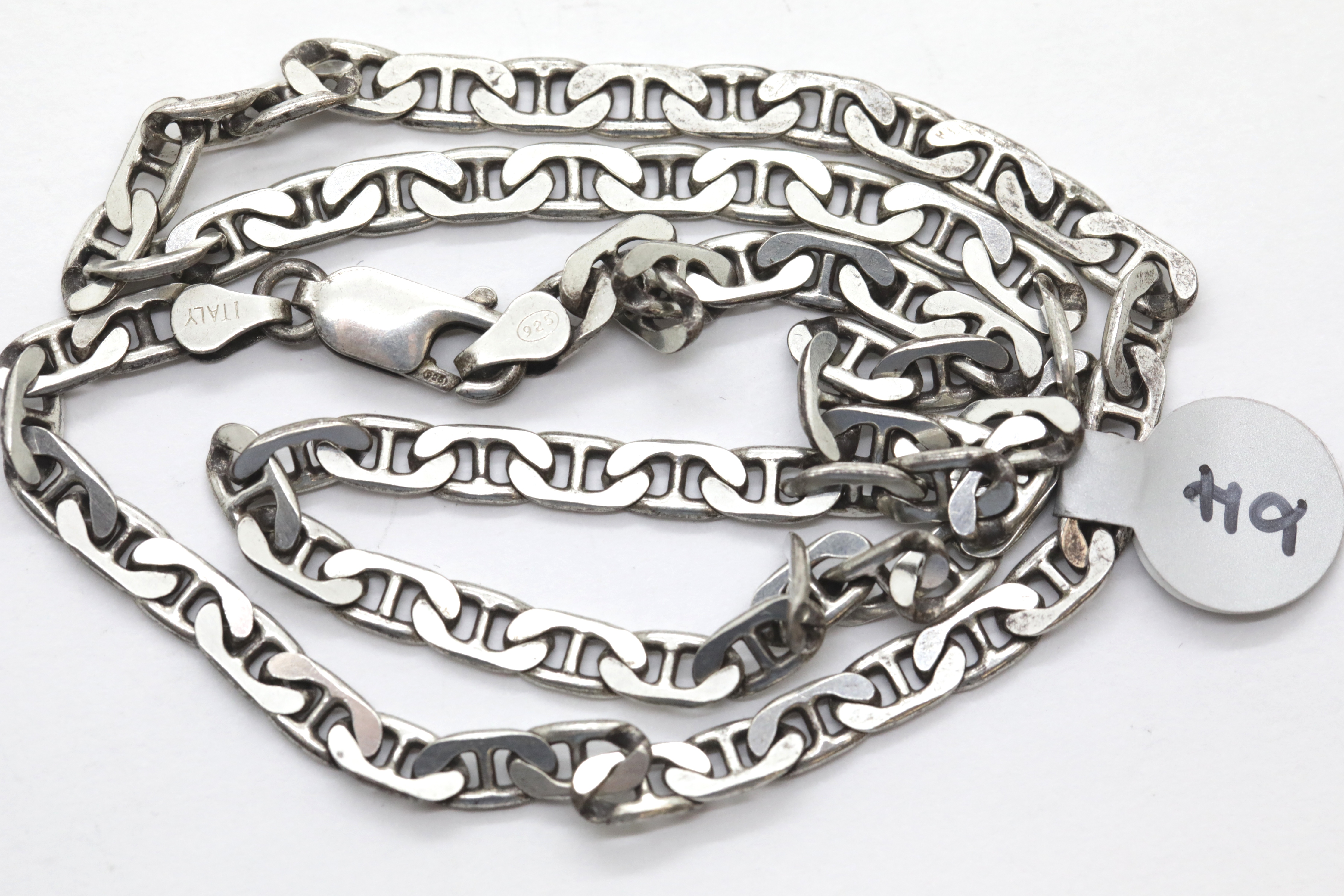 """Lot 1024 - Silver 18"""" solid link flat anchor chain. P&P Group 1 (£14+VAT for the first lot and £1+VAT for"""