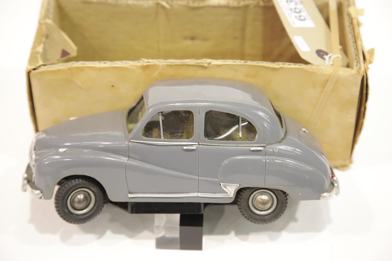 Lot 663 - Victory industries Austin Somerset electric battery operated scale model car. P&P Group 1 (£14+VAT