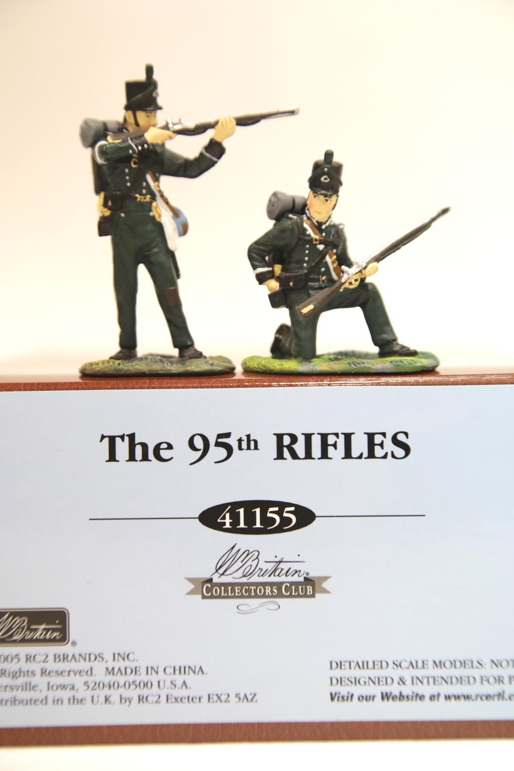 Lot 679 - Britains 41155 95th Rifles set. P&P Group 1 (£14+VAT for the first lot and £1+VAT for