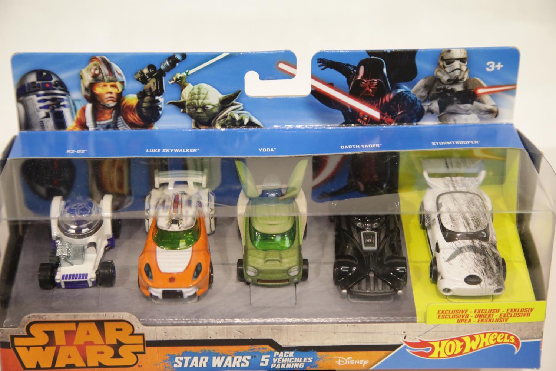 Lot 682 - Hot Wheels Star Wars five vehicle set: R2D2, Luke Skywalker, Yoda, Darth Vader and exclusive set
