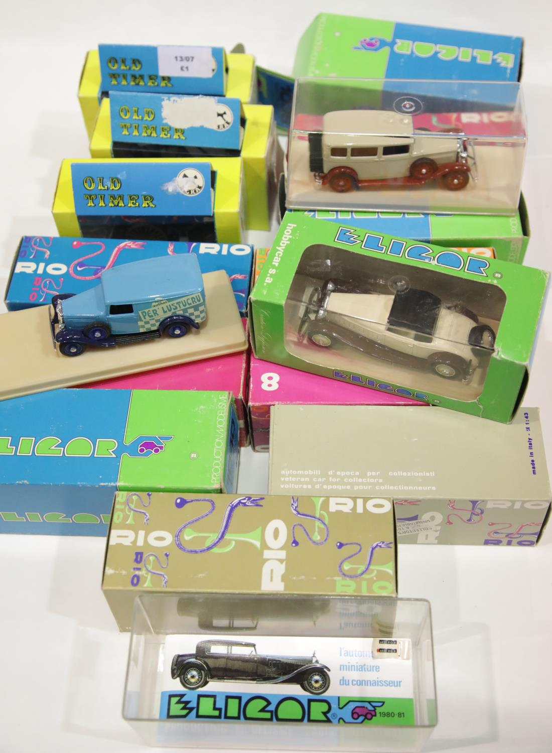 Lot 675 - Seven Rio, five Elagor and three Igra model vintage cars, all boxed. P&P Group 2 (£18+VAT for the