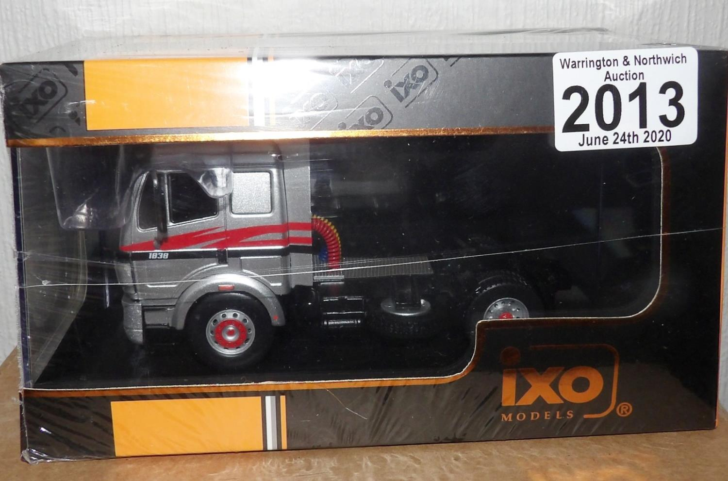 Lot 2013 - IXO 1.43 Scale Mercedes Benz SK 11 1838 1994. P&P Group 1 (£14+VAT for the first lot and £1+VAT