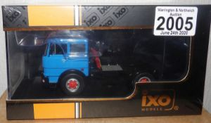 IXO 1.43 Scale Fiat 619 N1 1980 Tractor Unit. P&P Group 1 (£14+VAT for the first lot and £1+VAT