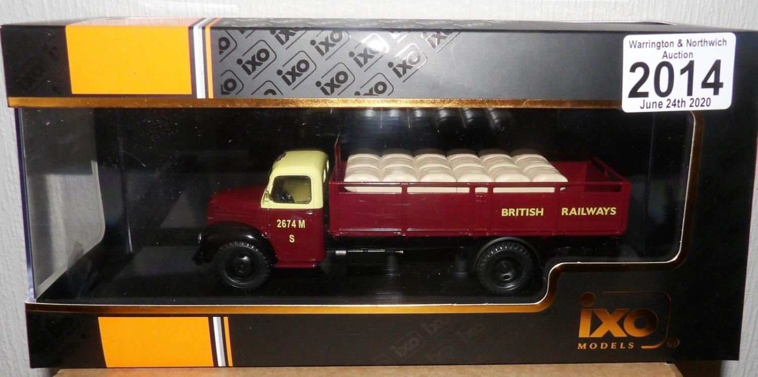Lot 2014 - IXO 1.43Scale Ford Thames ET6 1953 British Railways. P&P Group 1 (£14+VAT for the first lot and £1+