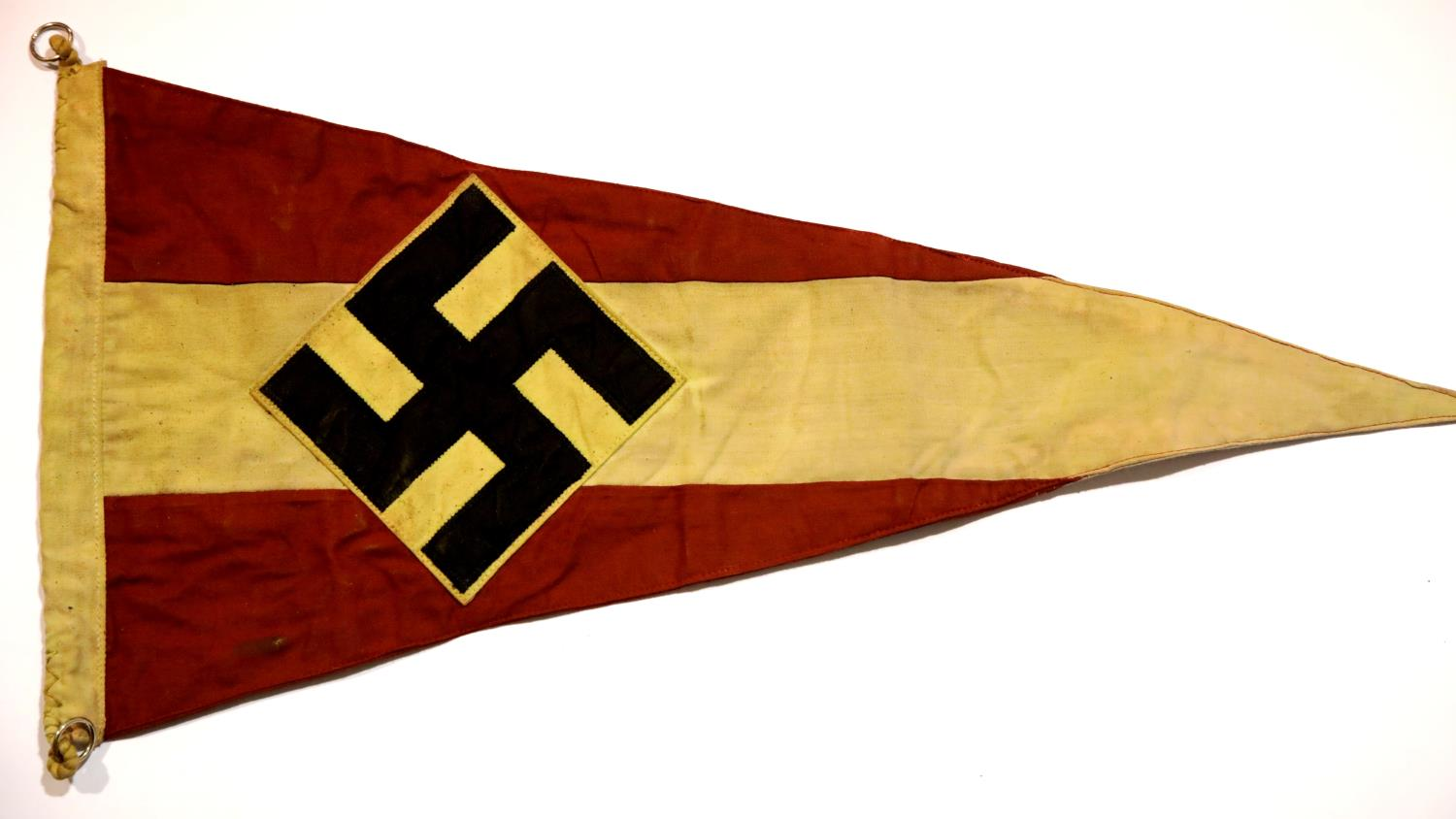 Lot 3015 - German Third Reich type Hitler Youth pennant, L: 56 cm. P&P Group 1 (£14+VAT for the first lot