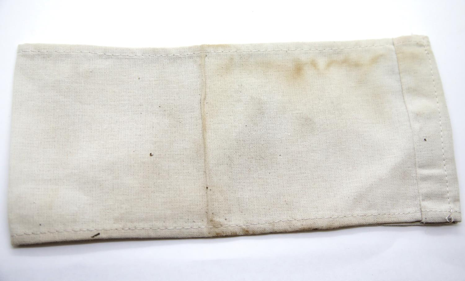 Lot 3058 - WWII type Jewish KAPO armband. P&P Group 1 (£14+VAT for the first lot and £1+VAT for subsequent