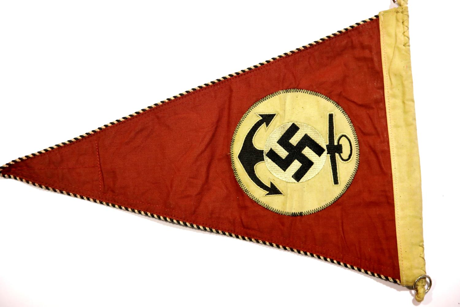 Lot 3021 - German WWII type Kriegsmarine pennant, L: 38 cm. P&P Group 1 (£14+VAT for the first lot and £1+VAT