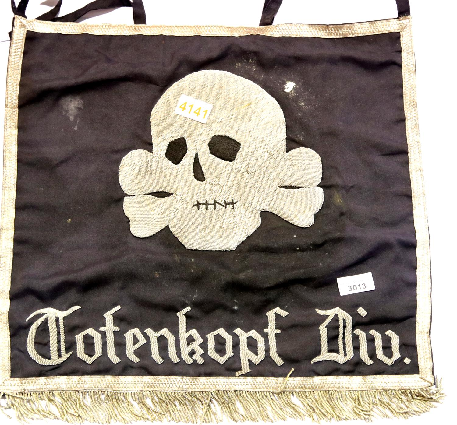 Lot 3013 - German SS type fringed trumpet banner marked to Totenkopf Division, 47 x 47 cm. P&P Group 1 (£14+VAT