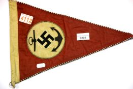 German WWII type Kriegsmarine pennant, L: 38 cm. P&P Group 1 (£14+VAT for the first lot and £1+VAT