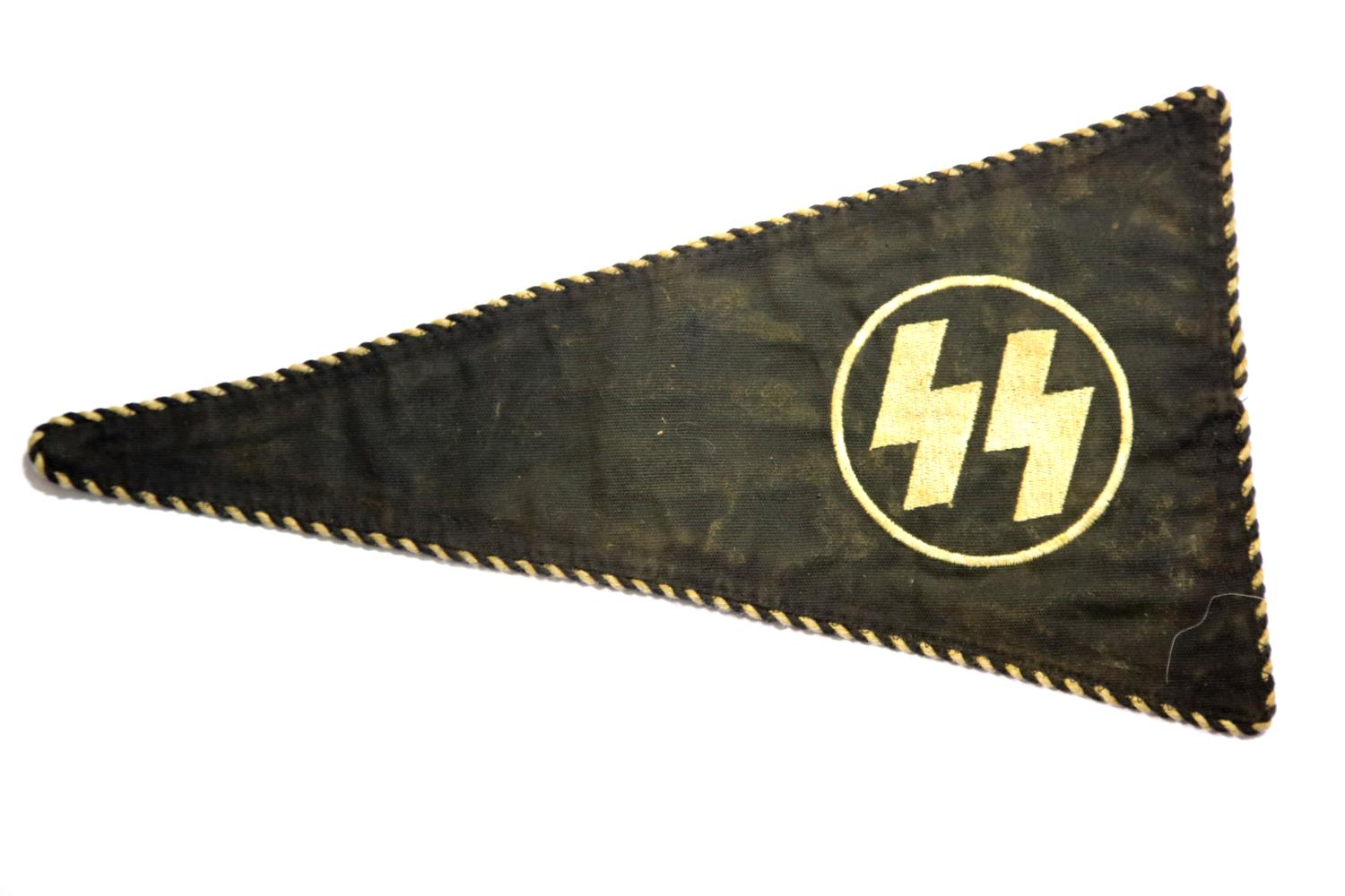 Lot 3019 - German SS type pennant, L: 34 cm. P&P Group 1 (£14+VAT for the first lot and £1+VAT for subsequent