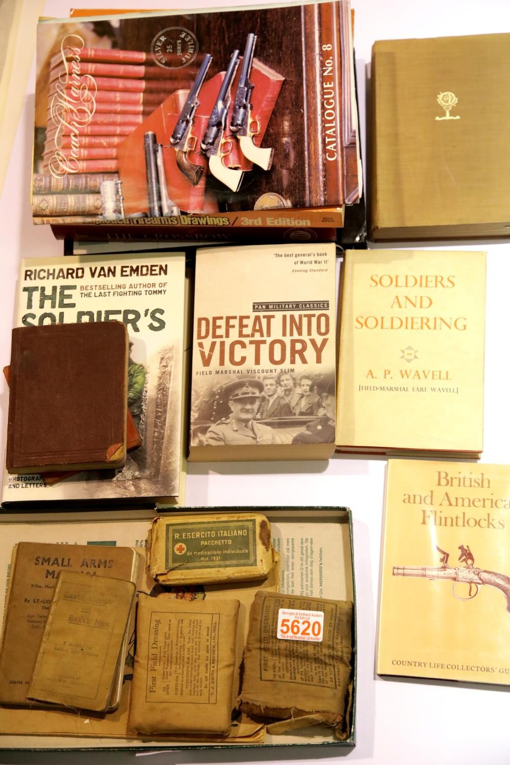 Lot 3036 - British WWII period Soldier's Word & Phrase Book and Small Arms Manual, 1917 Brave Words for Brave