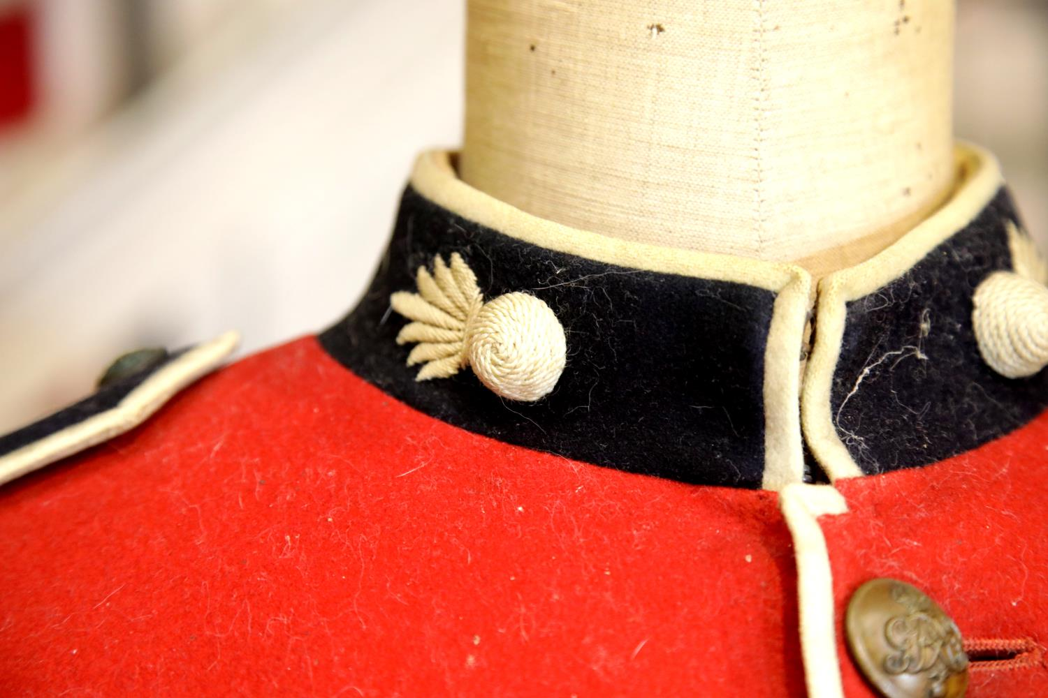 George V Grenadier Guards dress tunic with white belt lacking buckle, additional brass badges and - Image 4 of 5