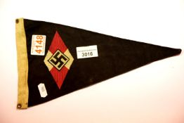 German Third Reich type Deutsches Youth pennant, L: 30 cm. P&P Group 1 (£14+VAT for the first lot