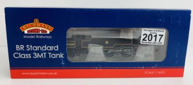 Bachmann 31-975 BR Standard Class 3MT Tank 82029 BR Lined Early Emblem - Boxed. P&P Group 1 (£14+VAT