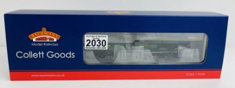 Bachmann 32-310 Collett Goods 3217 GWR Green Loco - Boxed. P&P Group 1 (£14+VAT for the first lot