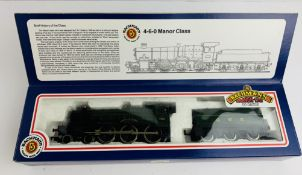 Bachmann 31-300 Manor Class Loco - Boxed. P&P Group 1 (£14+VAT for the first lot and £1+VAT for