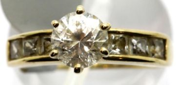 Ladies silver gilt garnet cluster ring. P&P Group 1 (£14+VAT for the first lot and £1+VAT for