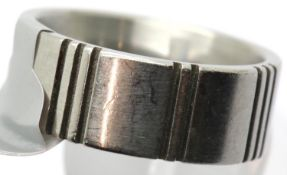 Gents stamped Ben Sherman designer ring, size T. P&P Group 1 (£14+VAT for the first lot and £1+VAT