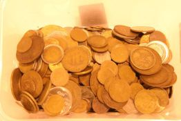 Quantity of British and world coinage. Not available for in-house P&P