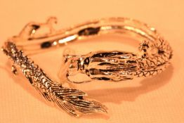 Tibetan silver dragon bangle. P&P Group 1 (£14+VAT for the first lot and £1+VAT for subsequent lots)