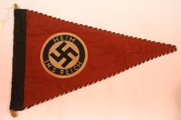German WWII type Reichs pennant, L: 38 cm. P&P Group 1 (£14+VAT for the first lot and £1+VAT for