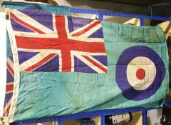 British WWII type RAF Squadron Base flag, 150 x 85 cm. P&P Group 1 (£14+VAT for the first lot and £