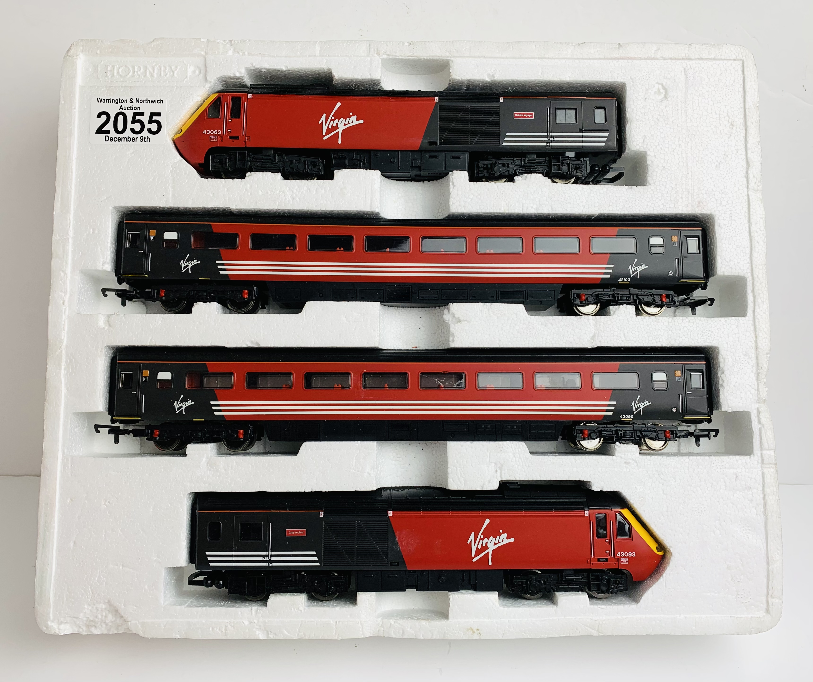 Hornby OO Virgin HST Train Pack 4x Car. P&P Group 2 (£18+VAT for the first lot and £3+VAT for