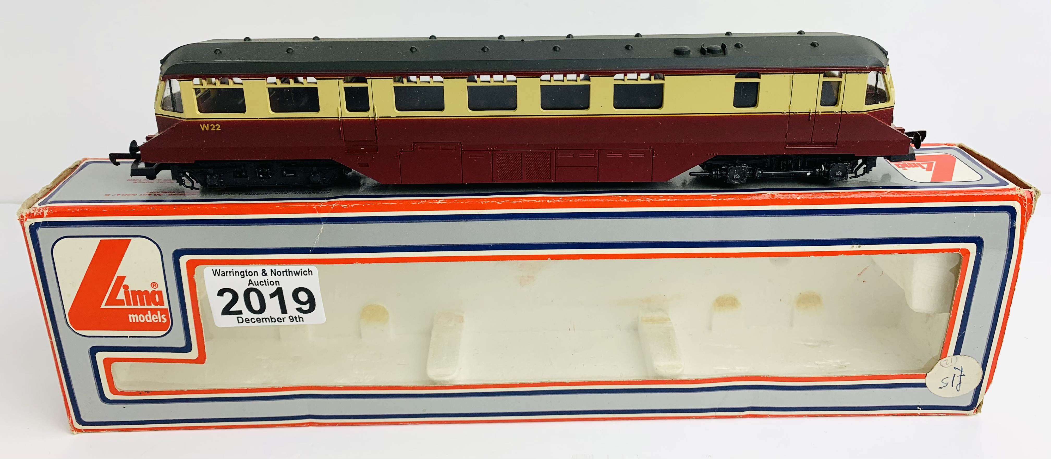 Lima 205133 BR Red/Cream Rail Car Loco - Boxed P&P Group 1 (£14+VAT for the first lot and £1+VAT for