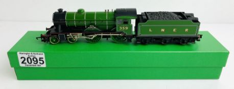 Hornby OO LNER 359 'Fitzwilliam' Loco - Supplied in Custom Green Leatherette Box P&P Group 1 (£14+