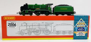 Hornby R2144 SR 4-4-0 Schools 'Southern' 914 'Eastbourne' Commemorative Edition 100 of 1000 -