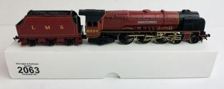 Hornby OO LMS Crimson 6233 'Duchess of Sutherland' Loco - In Plain White Box P&P Group 1 (£14+VAT