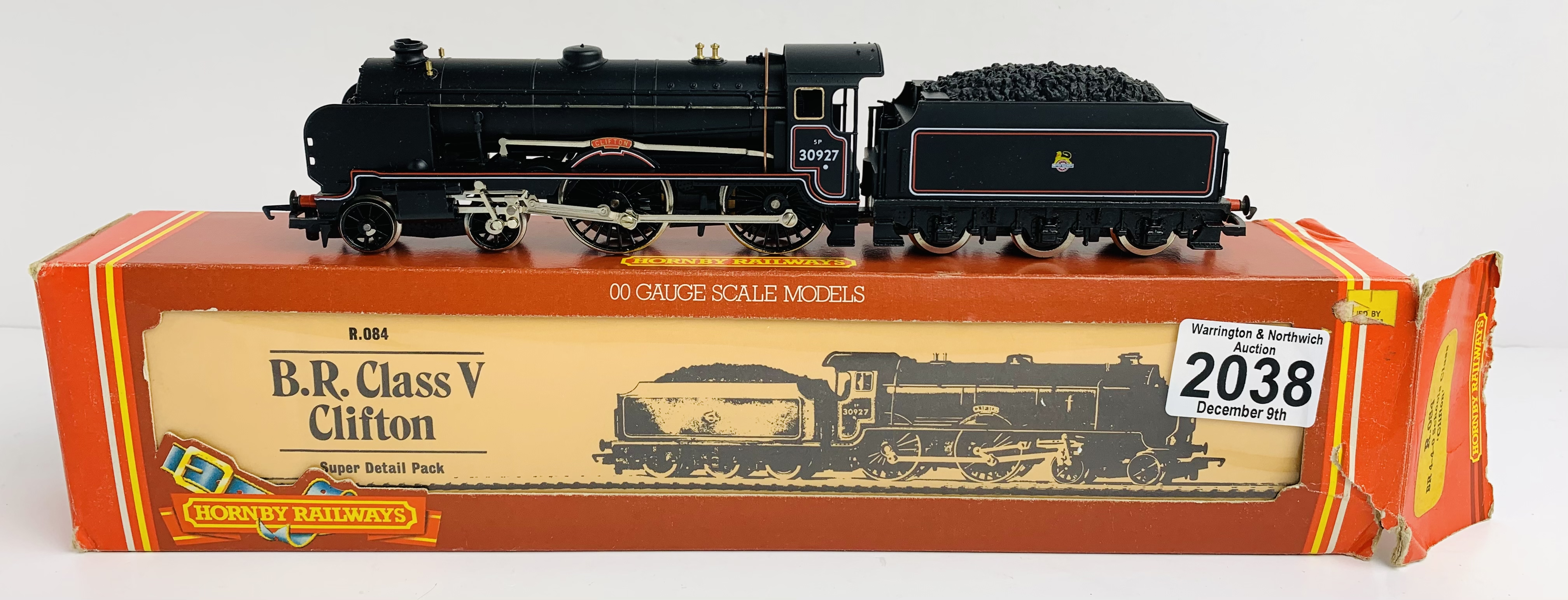 Hornby R084 BR 4-4-0 'Clifton' Schools Class Loco - Boxed P&P Group 1 (£14+VAT for the first lot and