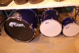 Tiger drum shells, bass drum and two toms. Not available for in-house P&P