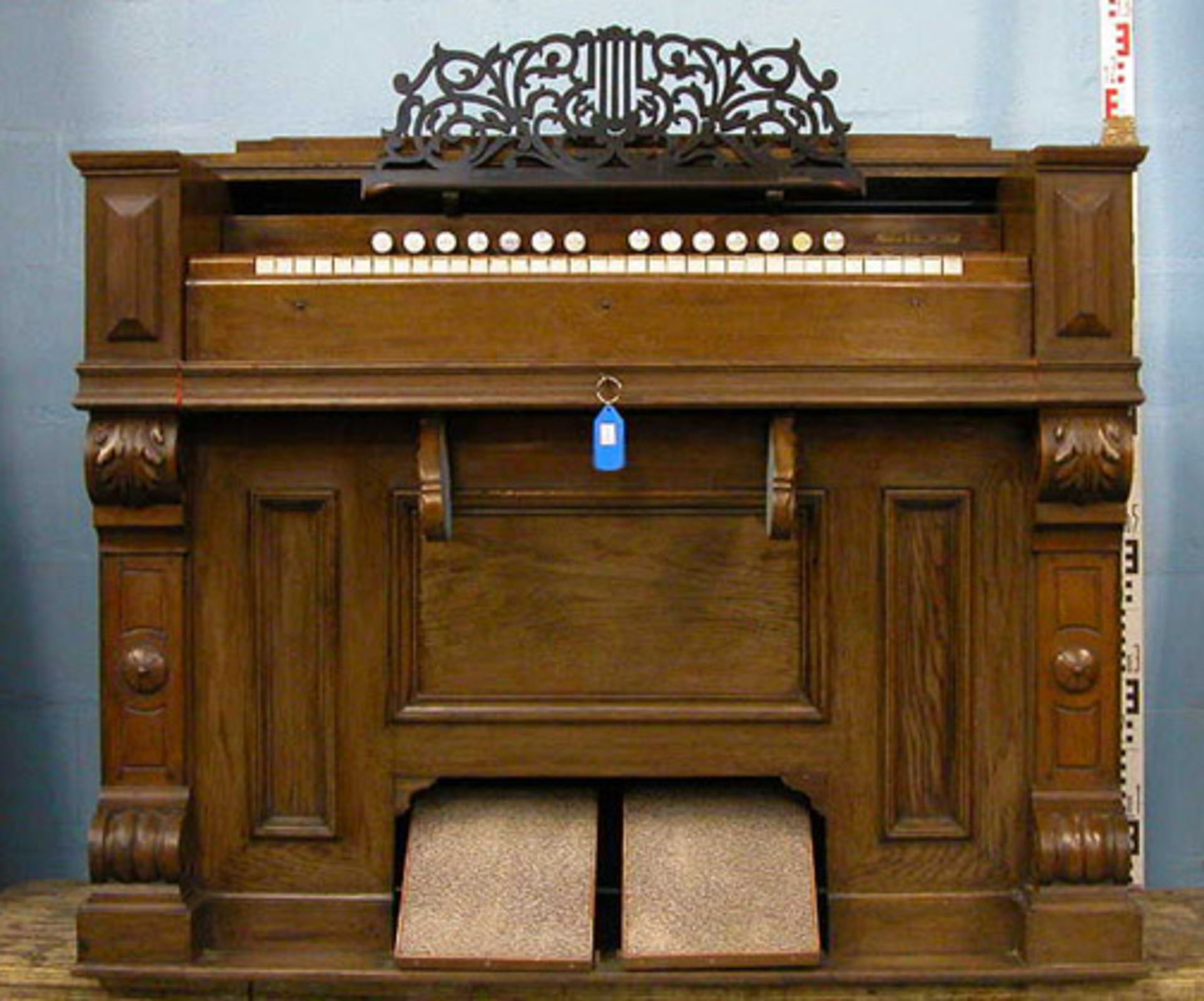 Los 41 - *FRENCH REED ORGAN, FULLY RESTORED, EARLY 1900S. HEIGHT 995MM (39.5IN) X WIDTH 1280MM (50.25IN) X