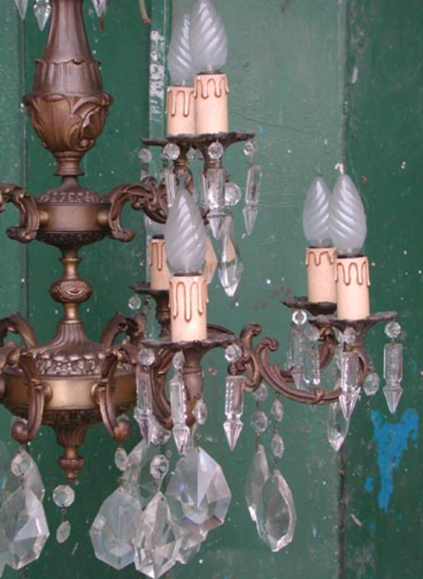 Lot 37 - *ITALIAN CHANDELIER, CIRCA 1950, RECENTLY WIRED. HEIGHT 970MM (38.25IN) X DIAMETER 670MM (26.