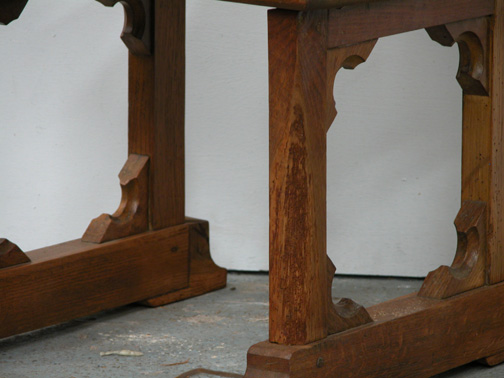 Lot 3 - *OAK GOTHIC CHAIR, EARLY 1900'S. HEIGHT 910MM (35.8IN) X WIDTH 540MM (21.2IN) X DEPTH 530MM (