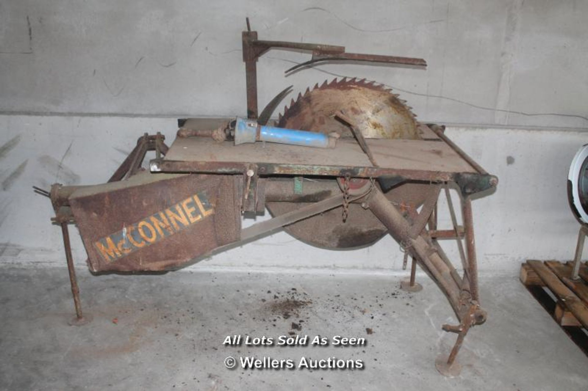 Lot 111 - *MCCONNEL SAW BENCH PTO DRIVE / PLUS VAT / COLLECTION FROM ITCHEN ABBAS, A 5 MINUTE DRIVE FROM