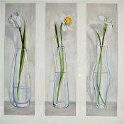 Großes AquarellDrei einzelne Aquarelle, Blumenmotiv, in einem Rahmen. Unter Glas im Passepartout. H.
