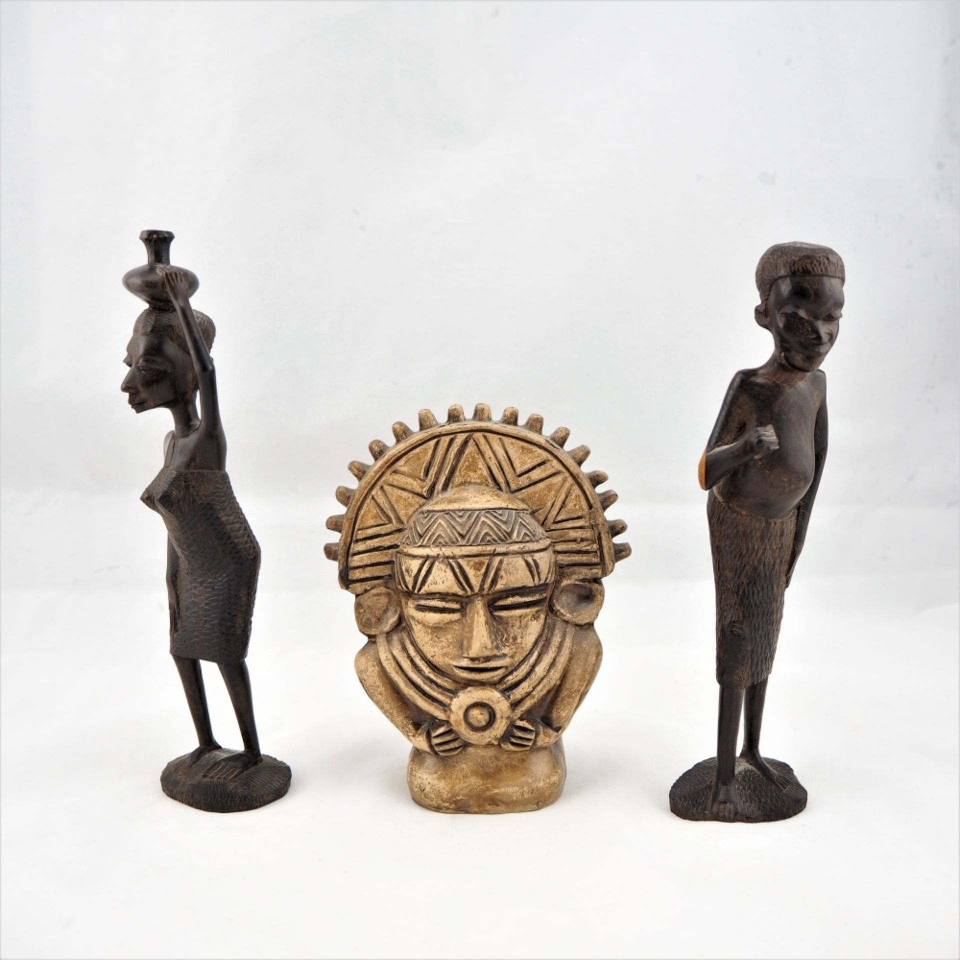 Los 373 - Konvolut Figuren, wohl Afrika, 70er Jahre, 3 StückKonvolut Figuren, wohl Afrika, 70er Jahre, 3...