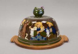 Große Speiseglocke, Keramik, auf Holztablett, handgeschnitzt 'HAG' und handbemalt, Glocke innen