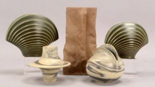 Rosenthal, Konvolut Künstler-Vasen, Porzellan, verschiedene Ausführungen, 5 Stück; Höhe 10,7 cm -