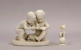 2 Porzellanfiguren: Schwarzburger Werkstätten, Figur 'Zwei schreibende Kinder', im Boden mit