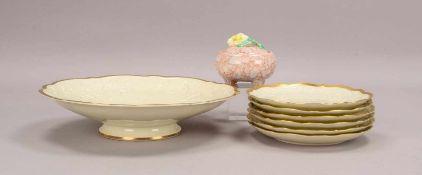 Rosenthal/Kunstabteilung Selb, Porzellan-Obstschale mit 6-teiligem Tellersatz, Reliefdekor, mit
