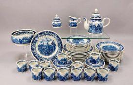 Villeroy & Boch, Kaffeeservice und Speiseservice, Dekor 'Blue Castle' in Unterglasurblau, komplett