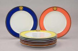 Rosenthal, Satz Porzellan-Platzteller, aus der Serie 'Ikarus', Dekor 'Medusa', verschiedenfarbig,