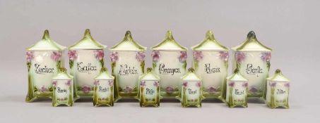 Satz Küchen-Vorratsgefäße (Jugendstil), Keramik, polychrom staffiert, 12 Stück: 6x Gefäße/groß und